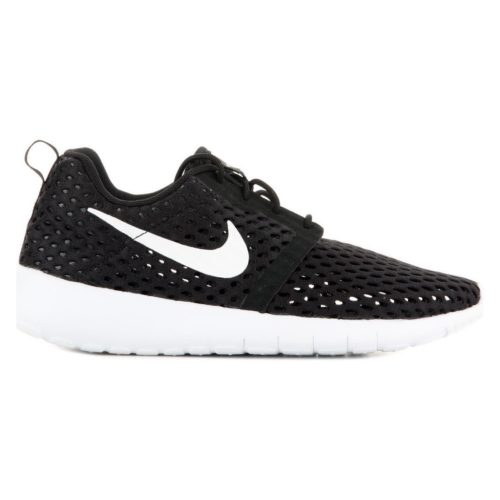 Nike Roshe One Flight Weight 705485-008 women's Shoes (Trainers) in Black