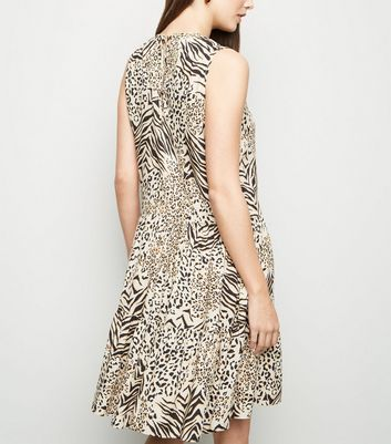 Tall Brown Animal Print Tiered Smock Dress New Look