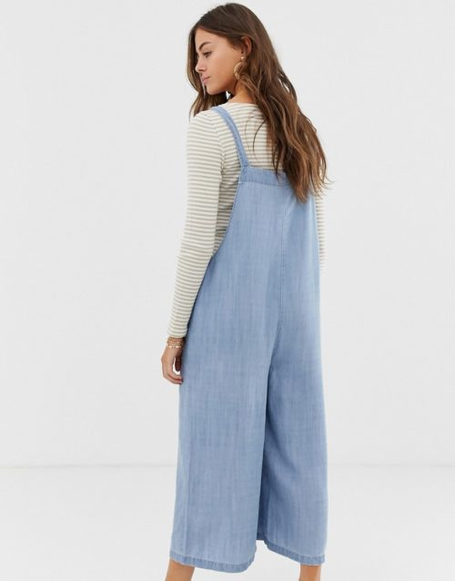 Moon River chambray jumpsuit with large pockets