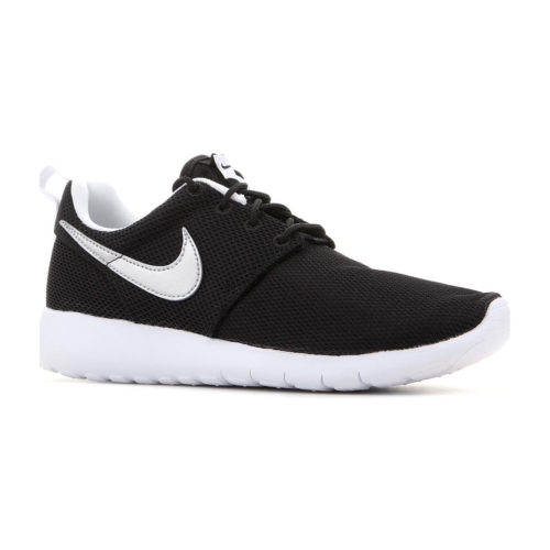 Nike Roshe One (GS) 599728 021 women's Shoes (Trainers) in Black