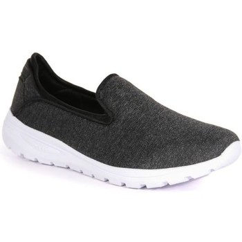 Regatta Marine Slip-On Shoes Black women's Sports Trainers (Shoes) in Black. Sizes available:3,4,5,6,7