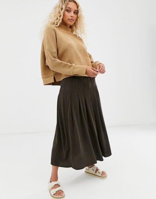Weekday pleated midi skirt in dark brown